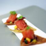 Crispy wontons with smoked salmon & salsa